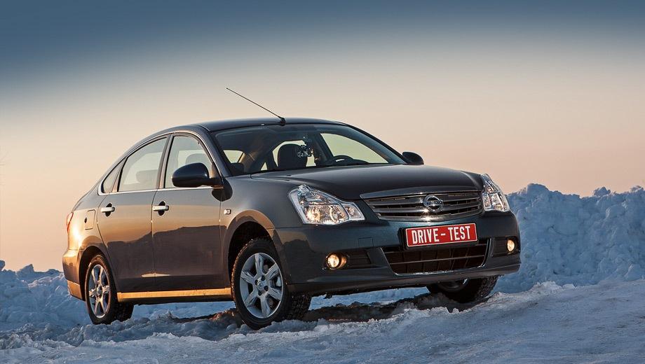 Nissan Almera. Выпускается с 2013 года. Восемь базовых комплектаций. Цены от 667 000 до 855 000 руб.Двигатель 1.6, бензиновый. Привод передний. КПП: механическая и автоматическая.