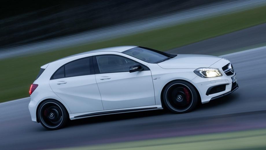 Mercedes-Benz A 45 AMG. Выпускается с 2013 года. Одна базовая комплектация. Цена 2 990 000 руб.Двигатель 2.0, бензиновый. Привод полный. КПП: роботизированная.