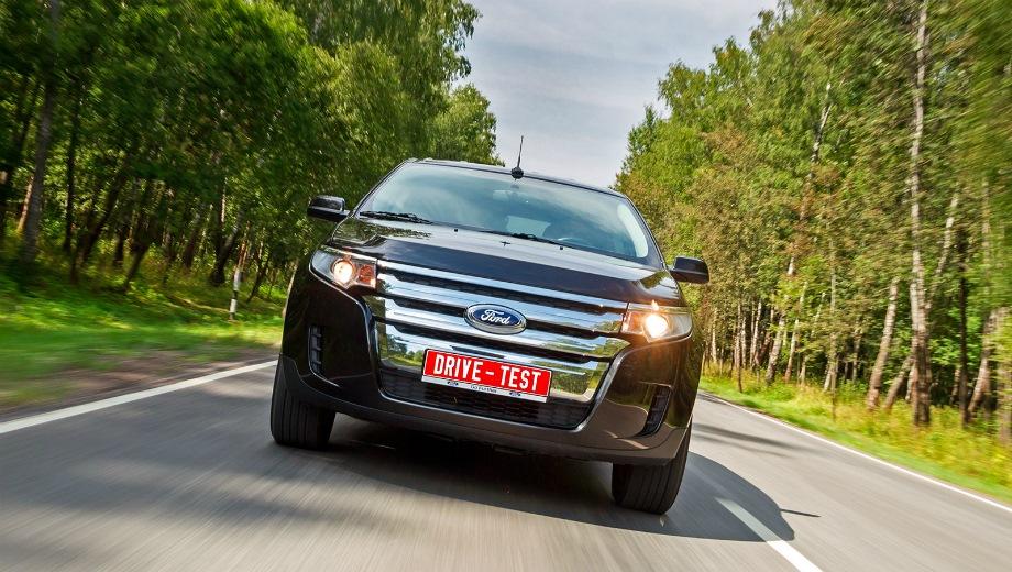 Ford Edge. Выпускается с 2006 года. Одна базовая комплектация. Цена 1 925 000 руб.Двигатель 3.5, бензиновый. Привод полный. КПП: автоматическая.