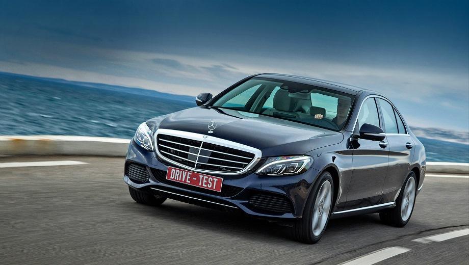 Mercedes-Benz C Sedan (2014). Выпускается с 2014 года. Семь базовых комплектаций. Цены от 2 140 000 до 3 220 000 руб.Двигатель от 1.6 до 2.1, бензиновый, дизельный и гибридный. Привод задний и полный. КПП: автоматическая.