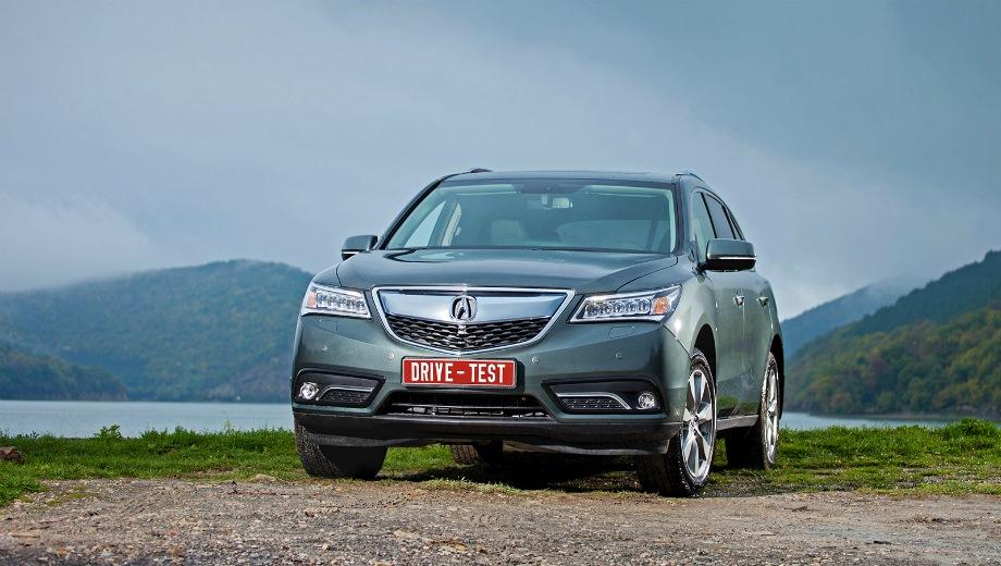 Acura MDX. Выпускается с 2013 года. Две базовые комплектации. Цены от 3 399 000 до 3 849 000 руб.Двигатель 3.5, бензиновый. Привод полный. КПП: автоматическая.