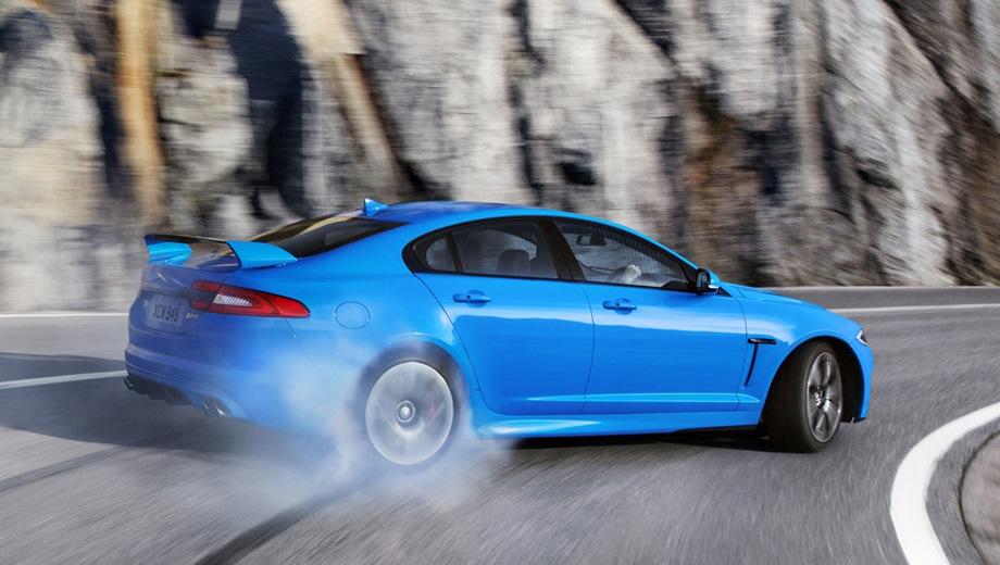 Jaguar XFR-S. Выпускается с 2013 года. Одна базовая комплектация. Цена 6 732 000 руб.Двигатель 5.0, бензиновый. Привод задний. КПП: автоматическая.