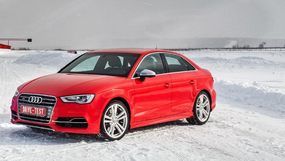 Audi S3 Sedan. Выпускается с 2013 года. Две базовые комплектации. Цены от 2 684 000 до 2 755 000 руб.Двигатель 2.0, бензиновый. Привод полный. КПП: механическая и роботизированная.