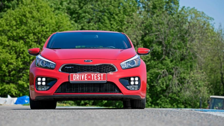 KIA Pro_cee'd GT. Выпускается с 2013 года. Одна базовая комплектация. Цена 1 244 900 руб.Двигатель 1.6, бензиновый. Привод передний. КПП: механическая.