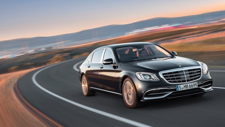 Mercedes-Benz Maybach. Выпускается с 2015 года. Три базовые комплектации. Цены от 8 760 000 до 14 360 000 руб.Двигатель от 3.0 до 6.0, бензиновый. Привод полный и задний. КПП: автоматическая.