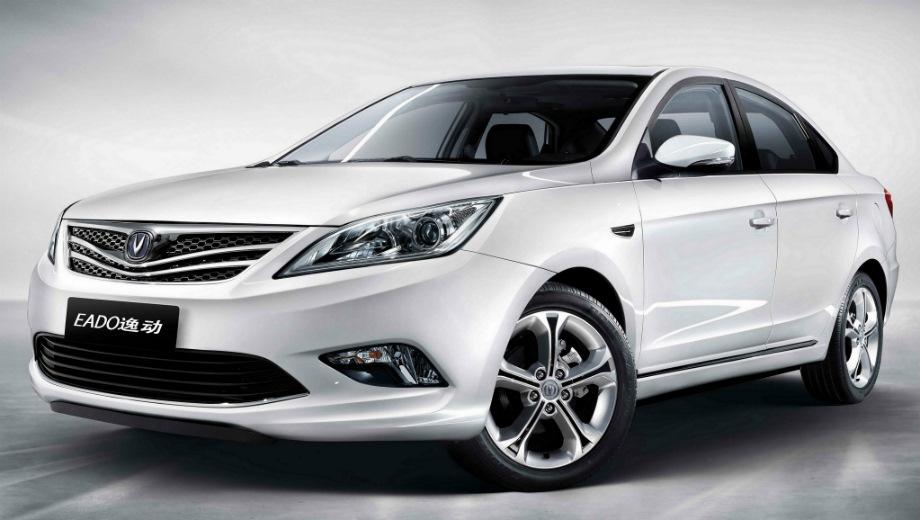 Changan Eado. Выпускается с 2013 года. Три базовые комплектации. Цены от 560 000 до 628 000 руб.Двигатель 1.6, бензиновый. Привод передний. КПП: механическая и автоматическая.