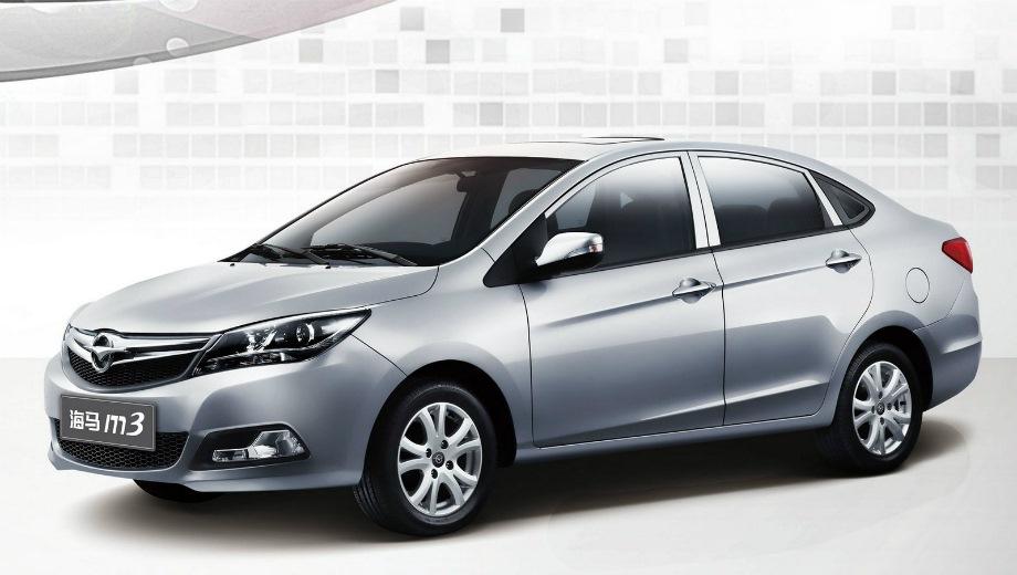 Haima M3. Выпускается с 2014 года. Две базовые комплектации. Цены от 469 900 до 509 900 руб.Двигатель 1.5, бензиновый. Привод передний. КПП: механическая.