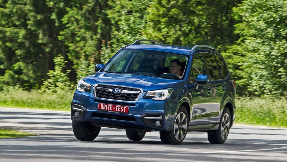 Subaru Forester (2015). Выпускается с 2015 года. Восемь базовых комплектаций. Цены от 1 739 000 до 2 709 900 руб.Двигатель от 2.0 до 2.5, бензиновый. Привод полный. КПП: механическая и вариатор.