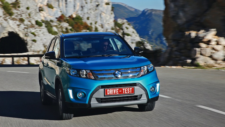 Suzuki Vitara. Выпускается с 2015 года. Восемь базовых комплектаций. Цены от 1 119 000 до 1 649 000 руб.Двигатель от 1.4 до 1.6, бензиновый. Привод передний и полный. КПП: механическая и автоматическая.