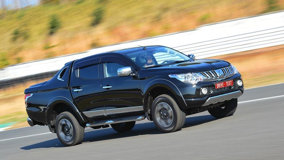 Mitsubishi L200. Выпускается с 2014 года. Пять базовых комплектаций. Цены от 1 919 000 до 2 552 000 руб.Двигатель 2.4, дизельный. Привод полный. КПП: механическая и автоматическая.