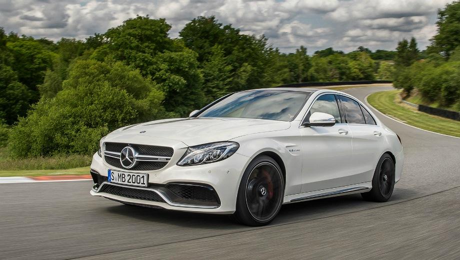 Mercedes-Benz AMG C 63. Выпускается с 2015 года. Две базовые комплектации. Цены от 4 770 000 до 5 290 000 руб.Двигатель 4.0, бензиновый. Привод задний. КПП: роботизированная.
