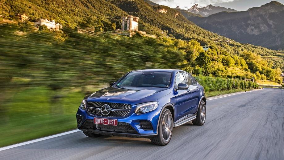 Mercedes-Benz GLC Coupe (2016). Выпускается с 2016 года. Четыре базовые комплектации. Цены от 3 980 000 до 4 180 000 руб.Двигатель от 2.0 до 2.1, бензиновый и дизельный. Привод полный. КПП: автоматическая.