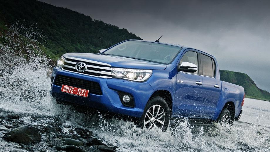 Toyota Hilux. Выпускается с 2015 года. Пять базовых комплектаций. Цены от 2 306 000 до 2 862 000 руб.Двигатель от 2.4 до 2.8, дизельный. Привод полный. КПП: механическая и автоматическая.