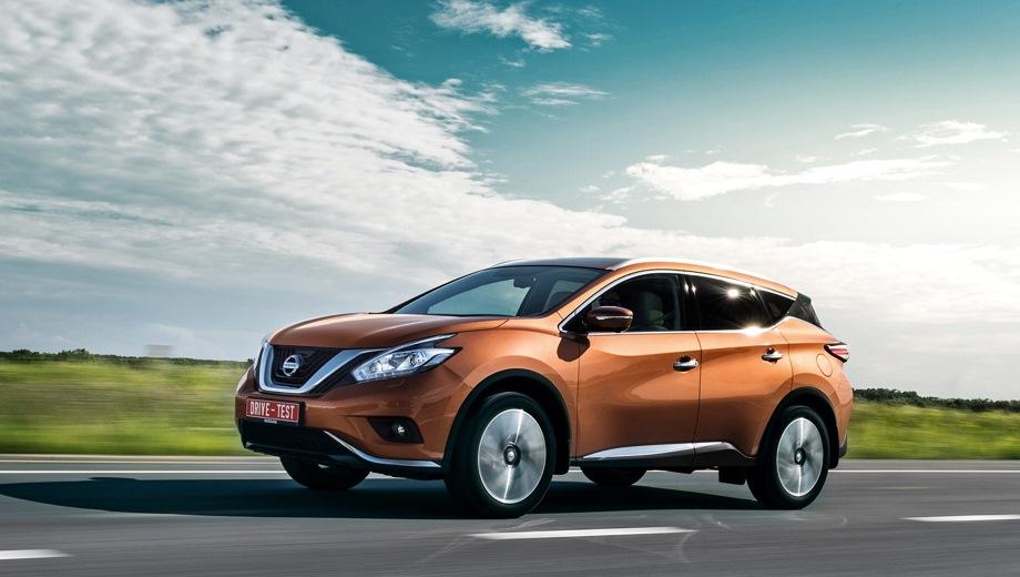 Nissan Murano. Выпускается с 2015 года. Шесть базовых комплектаций. Цены от 2 593 000 до 3 355 000 руб.Двигатель от 2.5 до 3.5, бензиновый и гибридный. Привод передний и полный. КПП: вариатор.