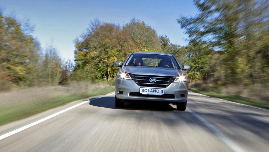 Lifan Solano. Выпускается с 2016 года. Пять базовых комплектаций. Цены от 709 900 до 839 900 руб.Двигатель от 1.5 до 1.8, бензиновый. Привод передний. КПП: механическая и вариатор.