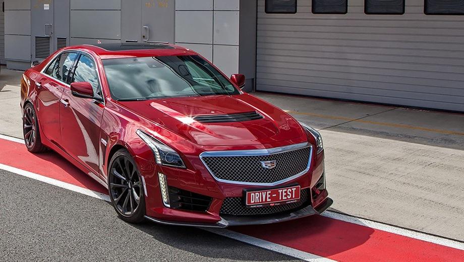Cadillac CTS-V. Выпускается с 2015 года. Одна базовая комплектация. Цена 6 590 000 руб.Двигатель 6.2, бензиновый. Привод задний. КПП: автоматическая.