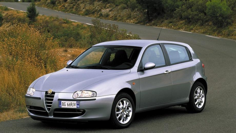 Alfa Romeo 147 5d. Выпускается с 2000 года. Три базовые комплектации. Цены от 1 949 472 до 2 210 562 руб.Двигатель от 1.6 до 2.0, бензиновый. Привод передний. КПП: механическая и роботизированная.