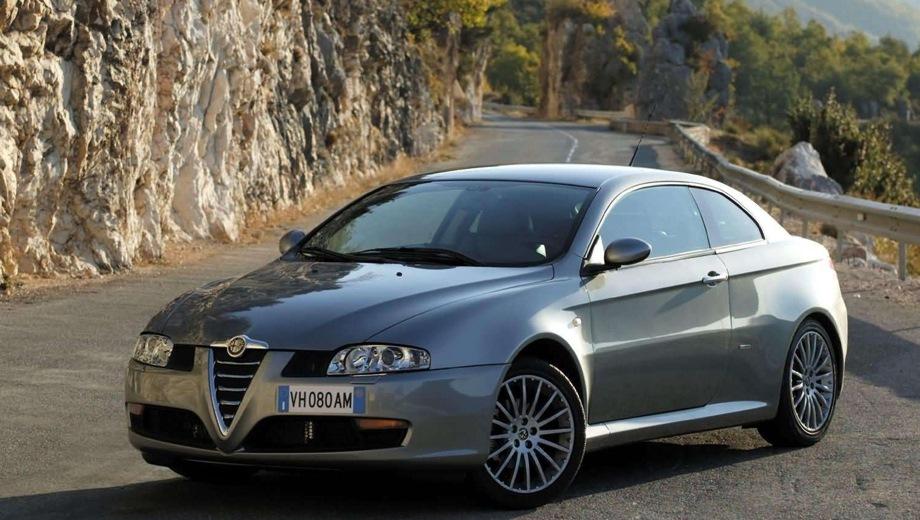 Alfa Romeo GT. Выпускается с 2003 года. Четыре базовые комплектации. Цена пока неизвестна.Двигатель от 1.7 до 3.2, бензиновый. Привод передний. КПП: механическая и роботизированная.