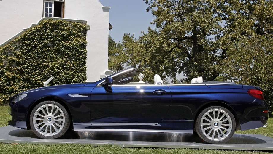 BMW 6-series Cabrio (2004). Выпускается с 2004 года. Две базовые комплектации. Цены от 3 629 000 до 4 316 000 руб.Двигатель от 3.0 до 4.8, бензиновый. Привод задний. КПП: механическая.