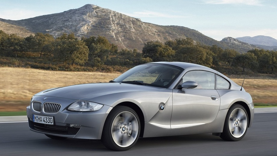 BMW Z4 Coupe. Выпускается с 2005 года. Одна базовая комплектация. Цена 1 738 800 руб.Двигатель 3.0, бензиновый. Привод задний. КПП: механическая.