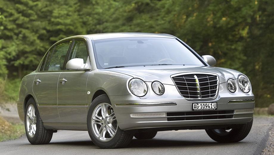 KIA Opirus. Выпускается с 2004 года. Две базовые комплектации. Цены от 1 119 000 до 1 159 000 руб.Двигатель 3.8, бензиновый. Привод передний. КПП: автоматическая.