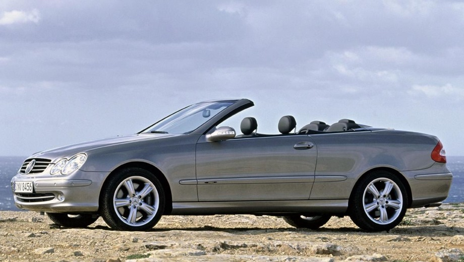 Mercedes-Benz CLK-Class Cabriolet. Выпускается с 2002 года. Четыре базовые комплектации. Цены от 2 565 200 до 3 876 400 руб.Двигатель от 1.8 до 5.5, бензиновый. Привод задний. КПП: механическая и автоматическая.