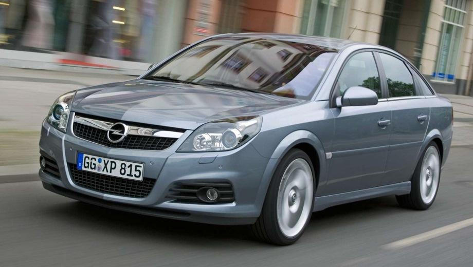 Opel Vectra GTS. Выпускается с 2002 года. Десять базовых комплектаций. Марка официально не представлена на российском рынке.Двигатель от 1.6 до 2.8, бензиновый. Привод передний. КПП: механическая, роботизированная и автоматическая.