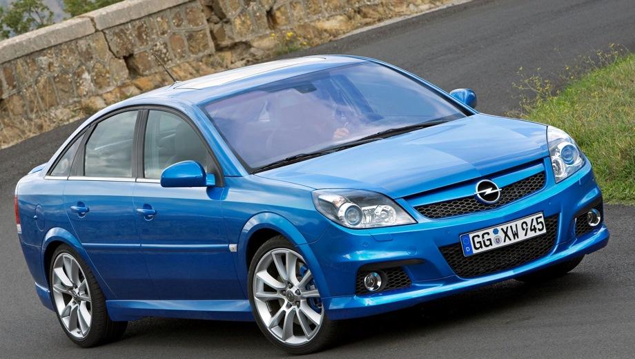 Opel Vectra GTS OPC. Выпускается с 2002 года. Две базовые комплектации. Марка официально не представлена на российском рынке.Двигатель 2.8, бензиновый. Привод передний. КПП: механическая и автоматическая.