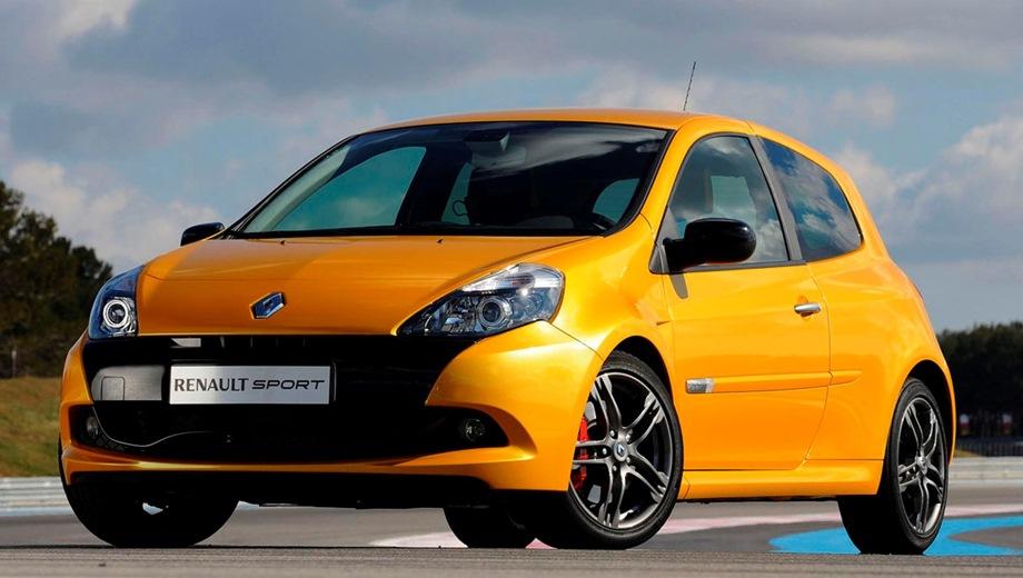 Renault Clio RS (2005). Выпускается с 2005 года. Одна базовая комплектация. Цена 842 700 руб.Двигатель 2.0, бензиновый. Привод передний. КПП: механическая.