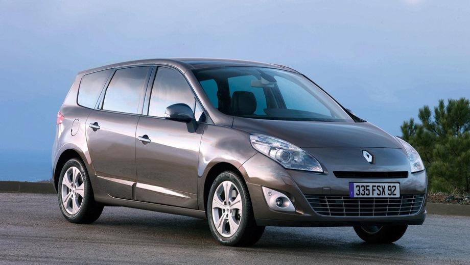 Renault Grand Scenic. Выпускается с 2003 года. Четыре базовые комплектации. Цены от 807 400 до 970 800 руб.Двигатель от 1.6 до 2.0, бензиновый. Привод передний. КПП: механическая и автоматическая.