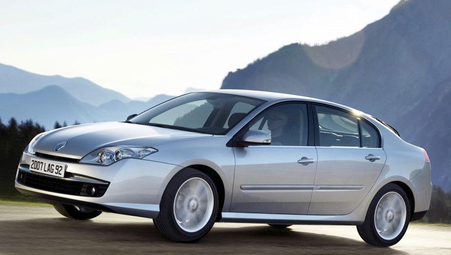 Renault Laguna Hatchback. Выпускается с 2007 года. Одна базовая комплектация. Цена 980 000 руб.Двигатель 2.0, бензиновый. Привод передний. КПП: автоматическая.