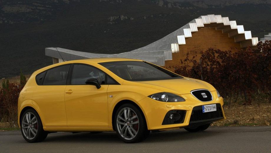 SEAT Leon Cupra. Выпускается с 2006 года. Одна базовая комплектация. Марка официально не представлена на российском рынке.Двигатель 2.0, бензиновый. Привод передний. КПП: механическая.