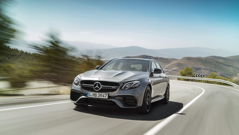 Mercedes-Benz E 63 AMG. Выпускается с 2016 года. Две базовые комплектации. Цены от 7 540 000 до 8 040 000 руб.Двигатель 4.0, бензиновый. Привод полный. КПП: автоматическая.
