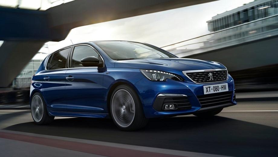 Peugeot 308. Выпускается с 2017 года. Три базовые комплектации. Цены от 1 399 000 до 1 609 000 руб.Двигатель 1.6, бензиновый. Привод передний. КПП: автоматическая.