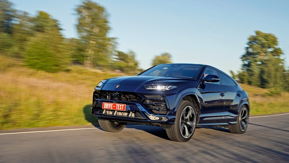 Lamborghini Urus. Выпускается с 2018 года. Одна базовая комплектация. Цена 16 500 000 руб.Двигатель 4.0, бензиновый. Привод полный. КПП: автоматическая.