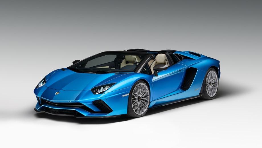 Lamborghini Aventador S Roadster. Выпускается с 2017 года. Одна базовая комплектация. Цена 22 379 529 руб.Двигатель 6.5, бензиновый. Привод полный. КПП: роботизированная.