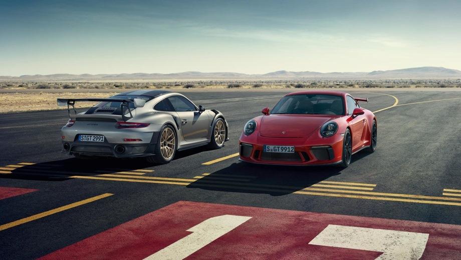 Porsche 911 GT2 RS. Выпускается с 2017 года. Одна базовая комплектация. Цена 19 245 000 руб.Двигатель 3.8, бензиновый. Привод задний. КПП: роботизированная.
