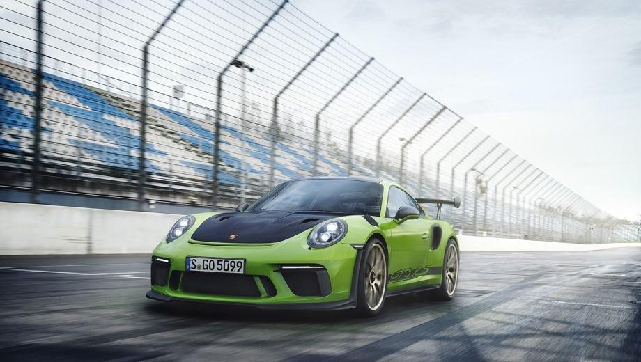 Porsche 911 GT3 RS. Выпускается с 2017 года. Одна базовая комплектация. Цена 13 109 000 руб.Двигатель 4.0, бензиновый. Привод задний. КПП: роботизированная.