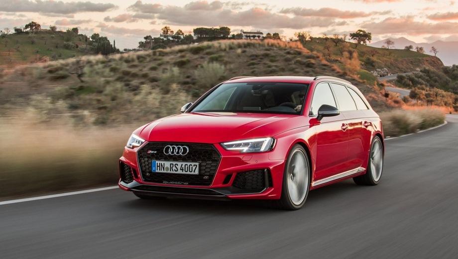 Audi RS4 Avant. Выпускается с 2017 года. Одна базовая комплектация. Цена 5 440 000 руб.Двигатель 2.9, бензиновый. Привод полный. КПП: автоматическая.