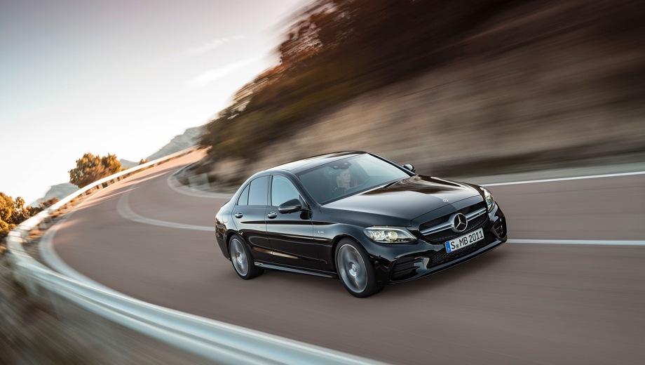 Mercedes-Benz C 43 AMG. Выпускается с 2018 года. Одна базовая комплектация. Цена 4 090 000 руб.Двигатель 3.0, бензиновый. Привод полный. КПП: автоматическая.