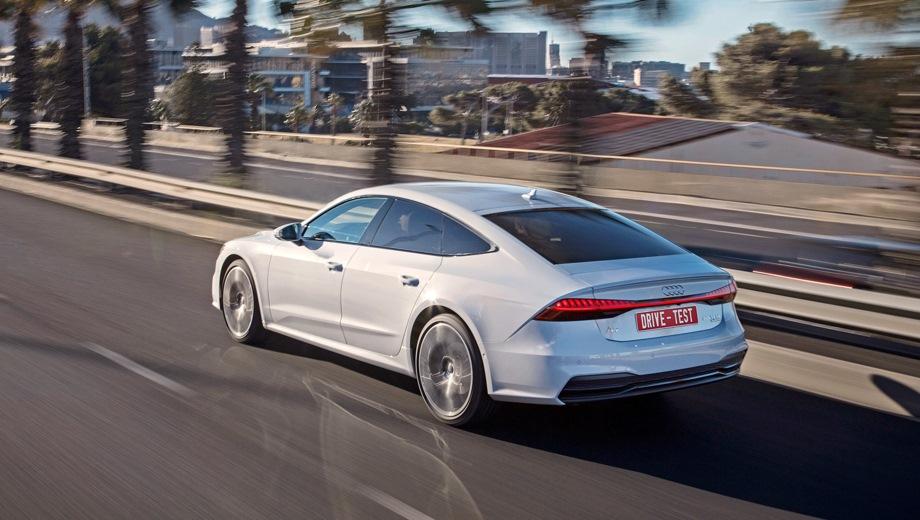 Audi A7 Sportback. Выпускается с 2018 года. Двенадцать базовых комплектаций. Цены от 4 285 000 до 5 522 000 руб.Двигатель от 2.0 до 3.0, бензиновый и дизельный. Привод полный. КПП: роботизированная и автоматическая.