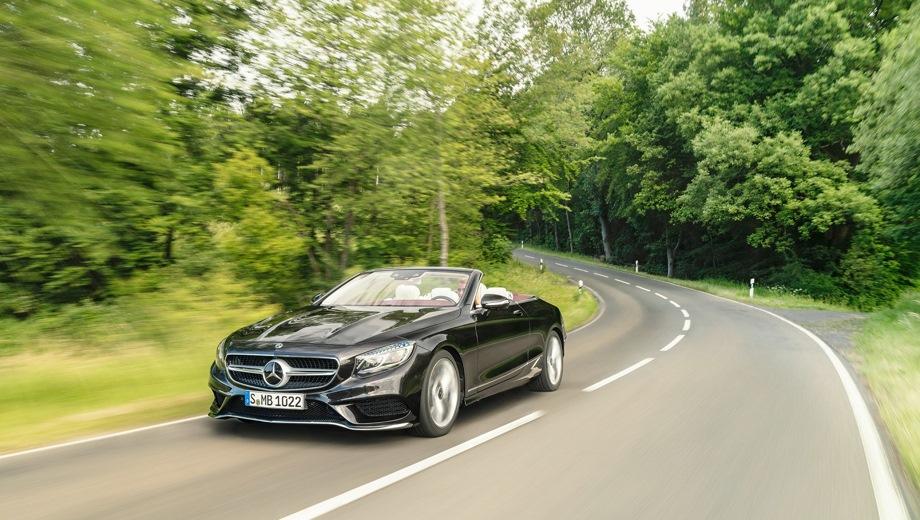 Mercedes-Benz S Cabriolet. Выпускается с 2017 года. Одна базовая комплектация. Цена 10 920 000 руб.Двигатель 4.0, бензиновый. Привод задний. КПП: автоматическая.