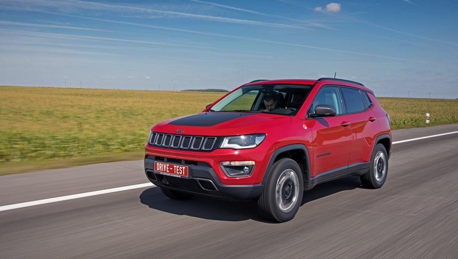 Jeep Compass. Выпускается с 2016 года. Три базовые комплектации. Цены от 2 149 000 до 2 459 000 руб.Двигатель 2.4, бензиновый. Привод полный. КПП: автоматическая.