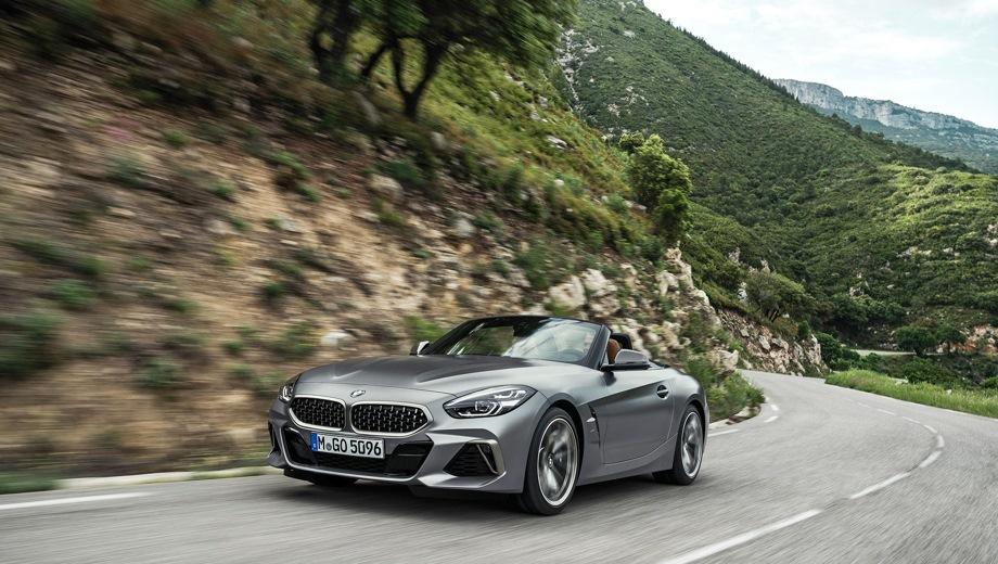 BMW Z4 Roadster. Выпускается с 2018 года. Три базовые комплектации. Цены от 3 650 000 до 5 180 000 руб.Двигатель от 2.0 до 3.0, бензиновый. Привод задний. КПП: автоматическая.