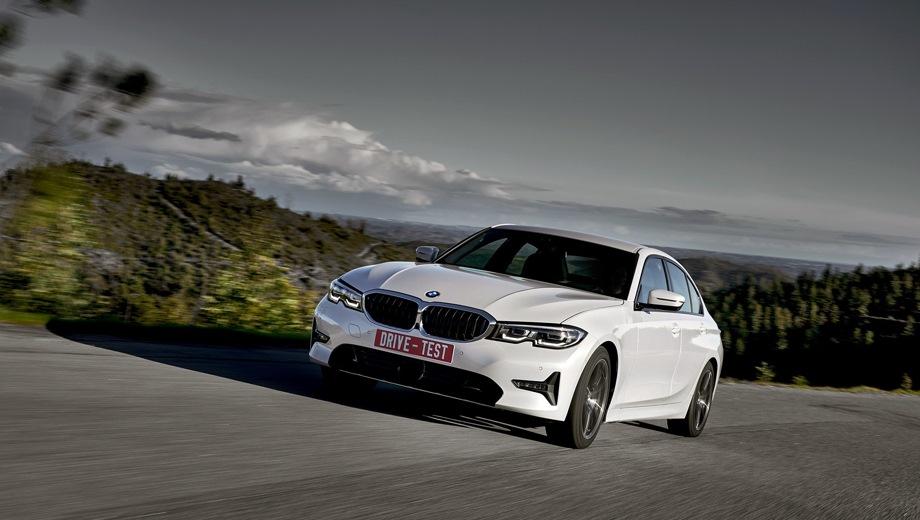 BMW 3 Series Sedan. Выпускается с 2018 года. Семь базовых комплектаций. Цены от 2 530 000 до 4 260 000 руб.Двигатель от 2.0 до 3.0, бензиновый и дизельный. Привод задний и полный. КПП: автоматическая.