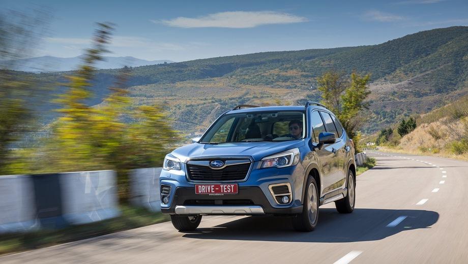 Subaru Forester. Выпускается с 2018 года. Шесть базовых комплектаций. Цены от 2 029 000 до 2 639 000 руб.Двигатель от 2.0 до 2.5, бензиновый. Привод полный. КПП: вариатор.