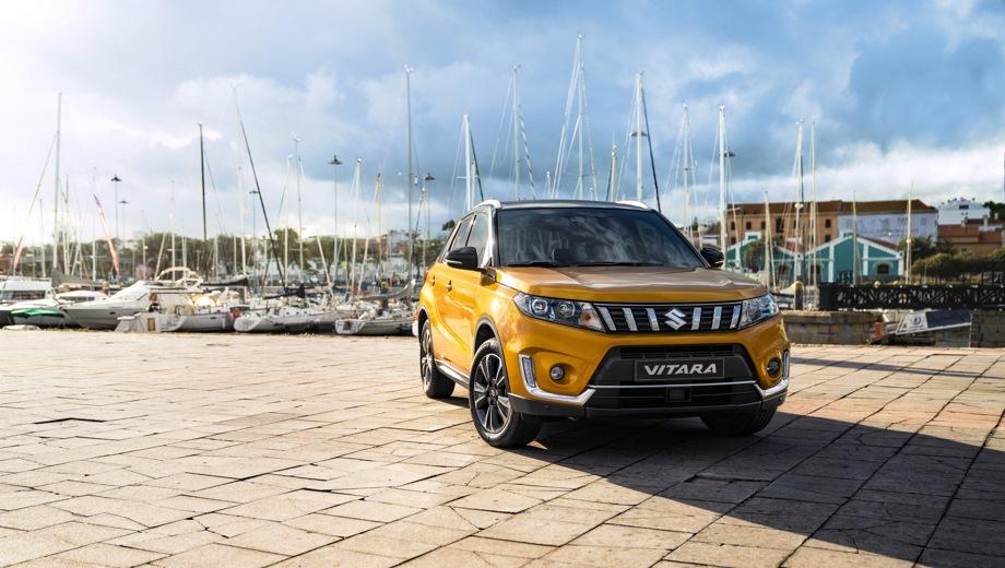 Suzuki Vitara. Выпускается с 2018 года. Восемь базовых комплектаций. Цены от 1 249 000 до 1 779 000 руб.Двигатель от 1.4 до 1.6, бензиновый. Привод передний и полный. КПП: механическая и автоматическая.
