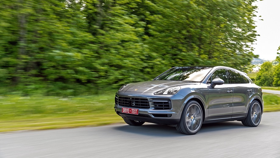 Porsche Cayenne Coupe. Выпускается с 2019 года. Пять базовых комплектаций. Цены от 5 877 000 до 12 863 000 руб.Двигатель от 3.0 до 4.0, бензиновый и гибридный. Привод полный. КПП: автоматическая.