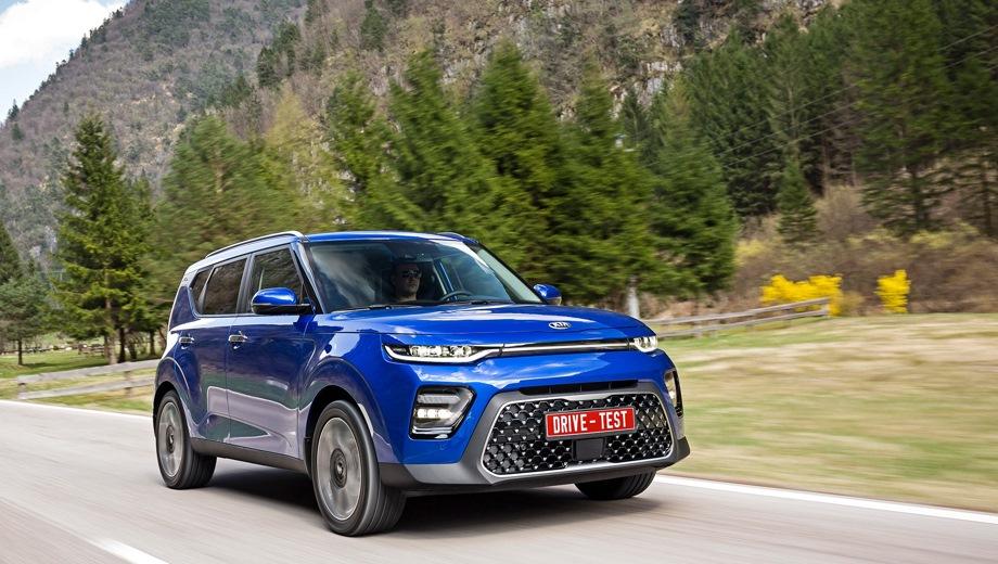 KIA Soul. Выпускается с 2018 года. Одиннадцать базовых комплектаций. Цены от 1 029 900 до 1 649 900 руб.Двигатель от 1.6 до 2.0, бензиновый. Привод передний. КПП: механическая, автоматическая и роботизированная.
