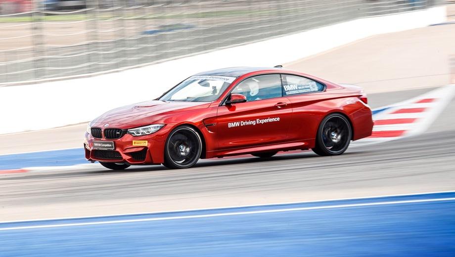 BMW M4. Выпускается с 2016 года. Две базовые комплектации. Цены от 5 760 000 до 6 092 000 руб.Двигатель 3.0, бензиновый. Привод задний. КПП: механическая и автоматическая.